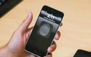 Watch This iPhone 5 Concept Stretch Into an iPad Mini